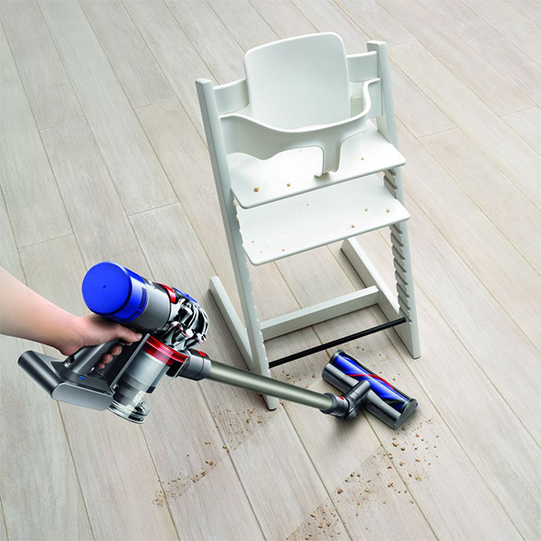 Dyson V8 Animal Plus Cleaning